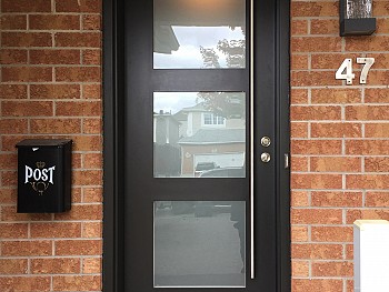 Modern smooth fiberglass door with flush mount sating etch glass