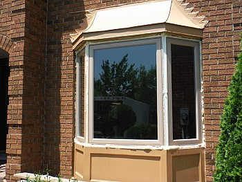 Speciality cream bay window in Toronto installed by FORHOMES Ltd.
