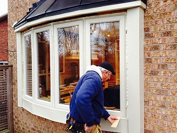 Forhomes custom bow window installation in Mississauga
