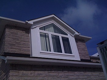White vinyl replacement windows Mississauga