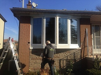 vinyl bow windows installation by Forhomes Caledon