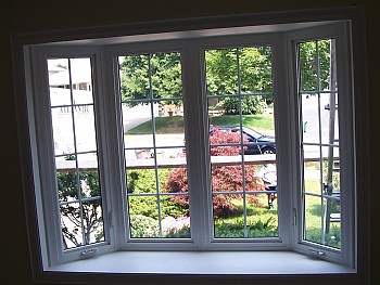 beautiful bow window design in Oakville